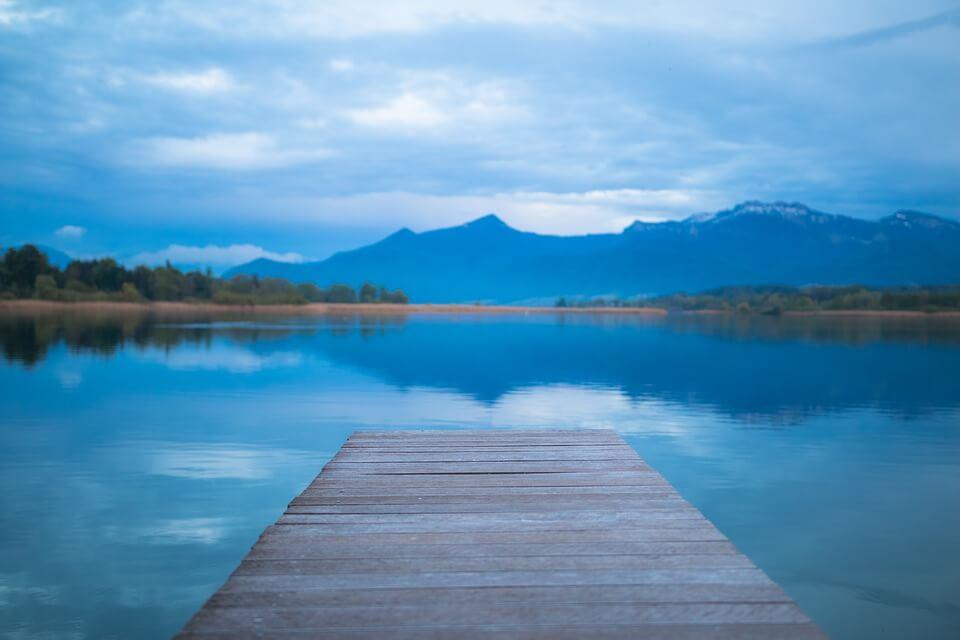 lake-1398088_960_720